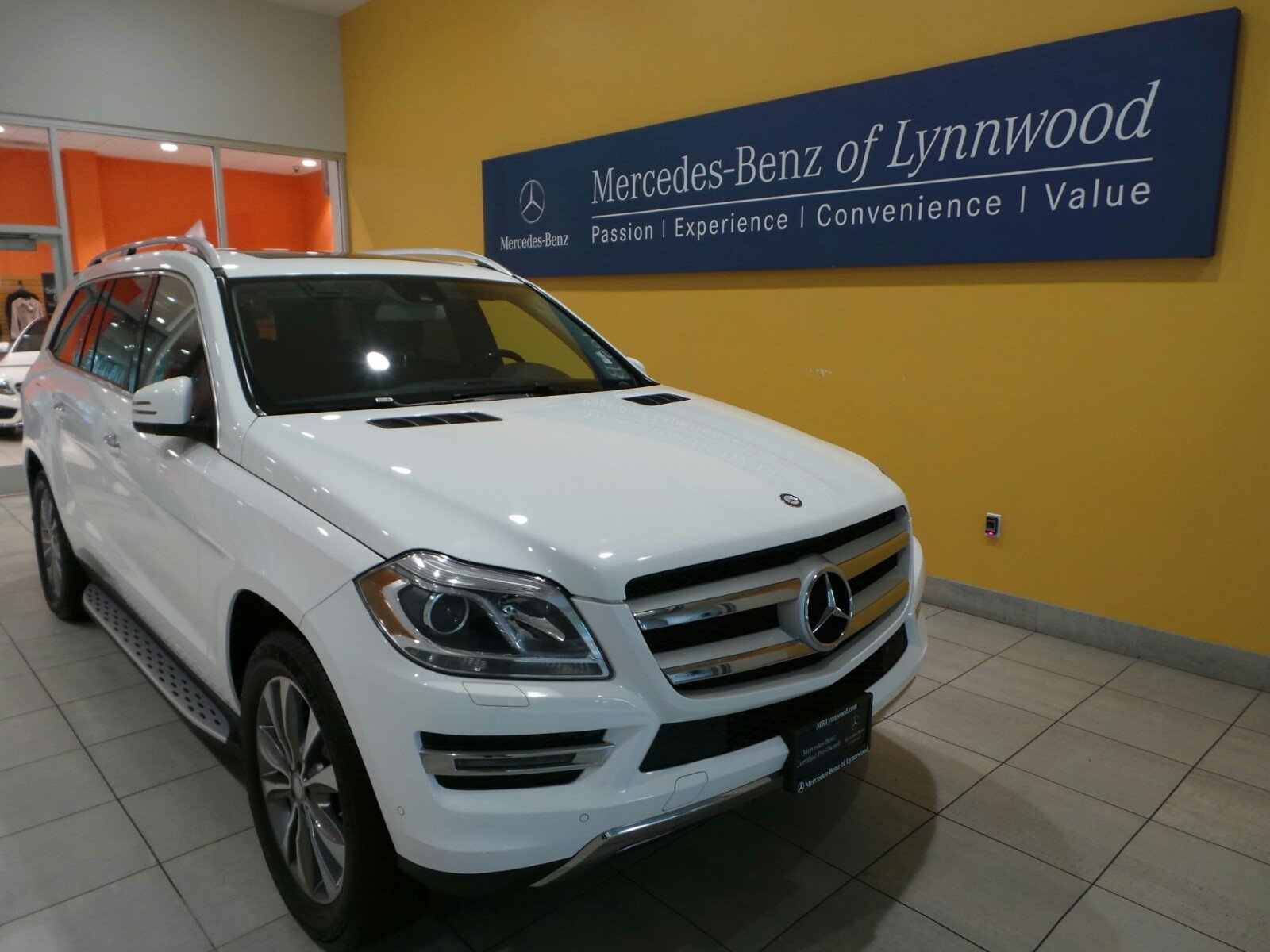 Certified pre owned 2014 mercedes benz gl class gl450 for Certified mercedes benz