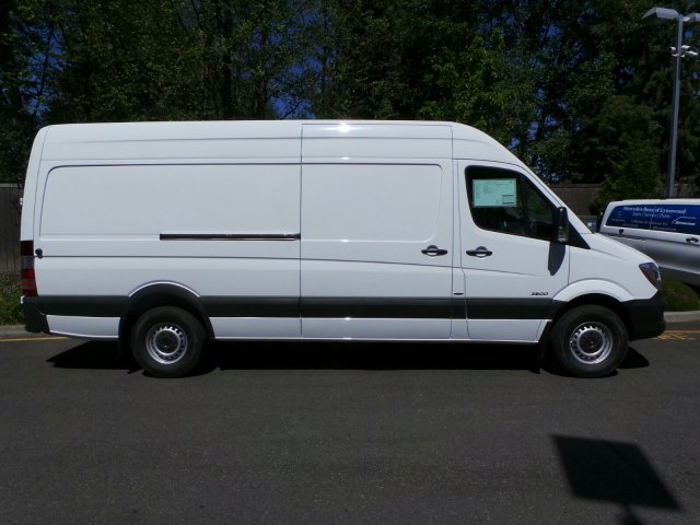 New 2016 mercedes benz sprinter cargo vans full size cargo for Mercedes benz sprinter service