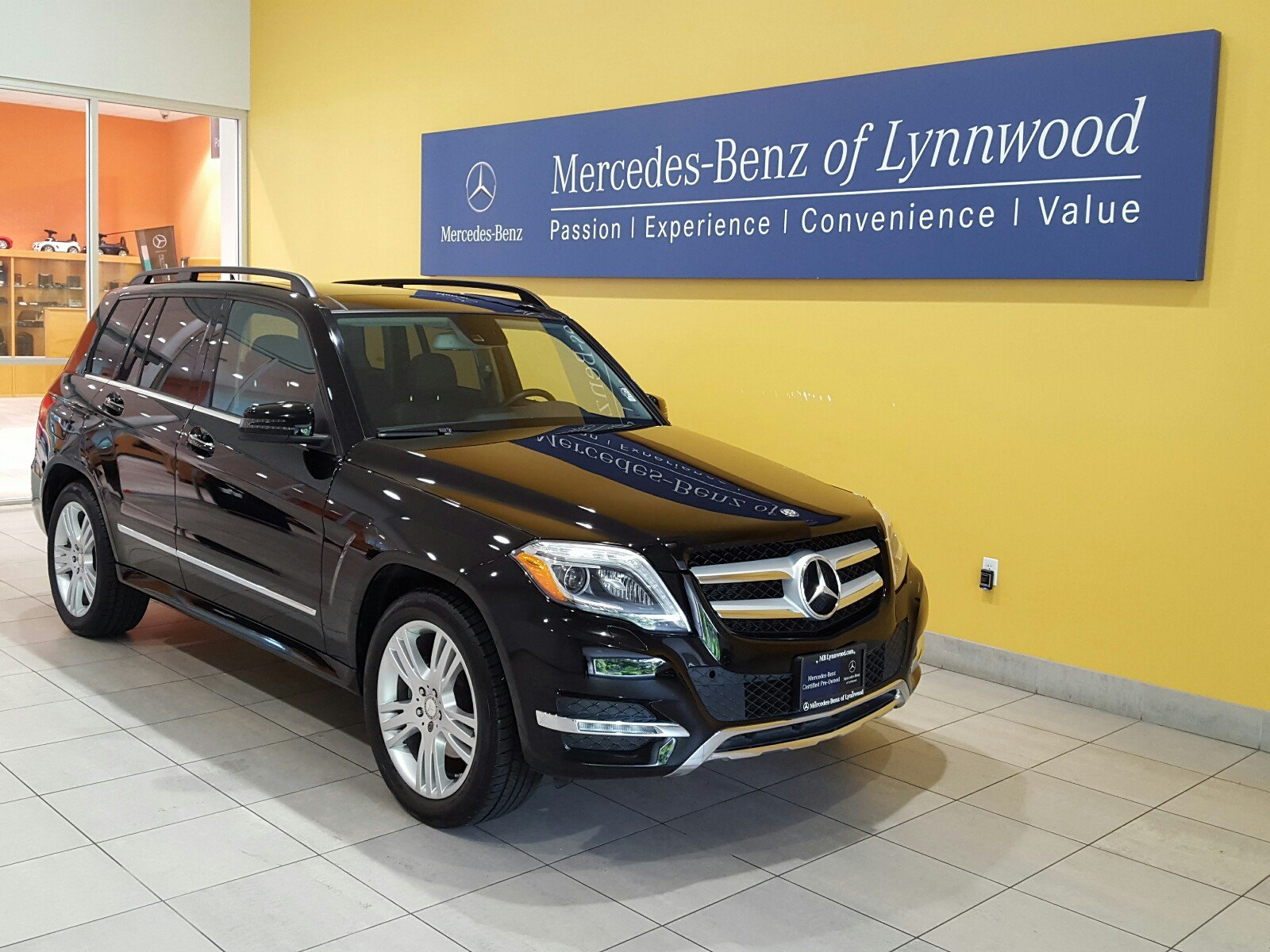 Certified pre owned 2013 mercedes benz glk glk 350 4matic for Mercedes benz pre owned vehicles
