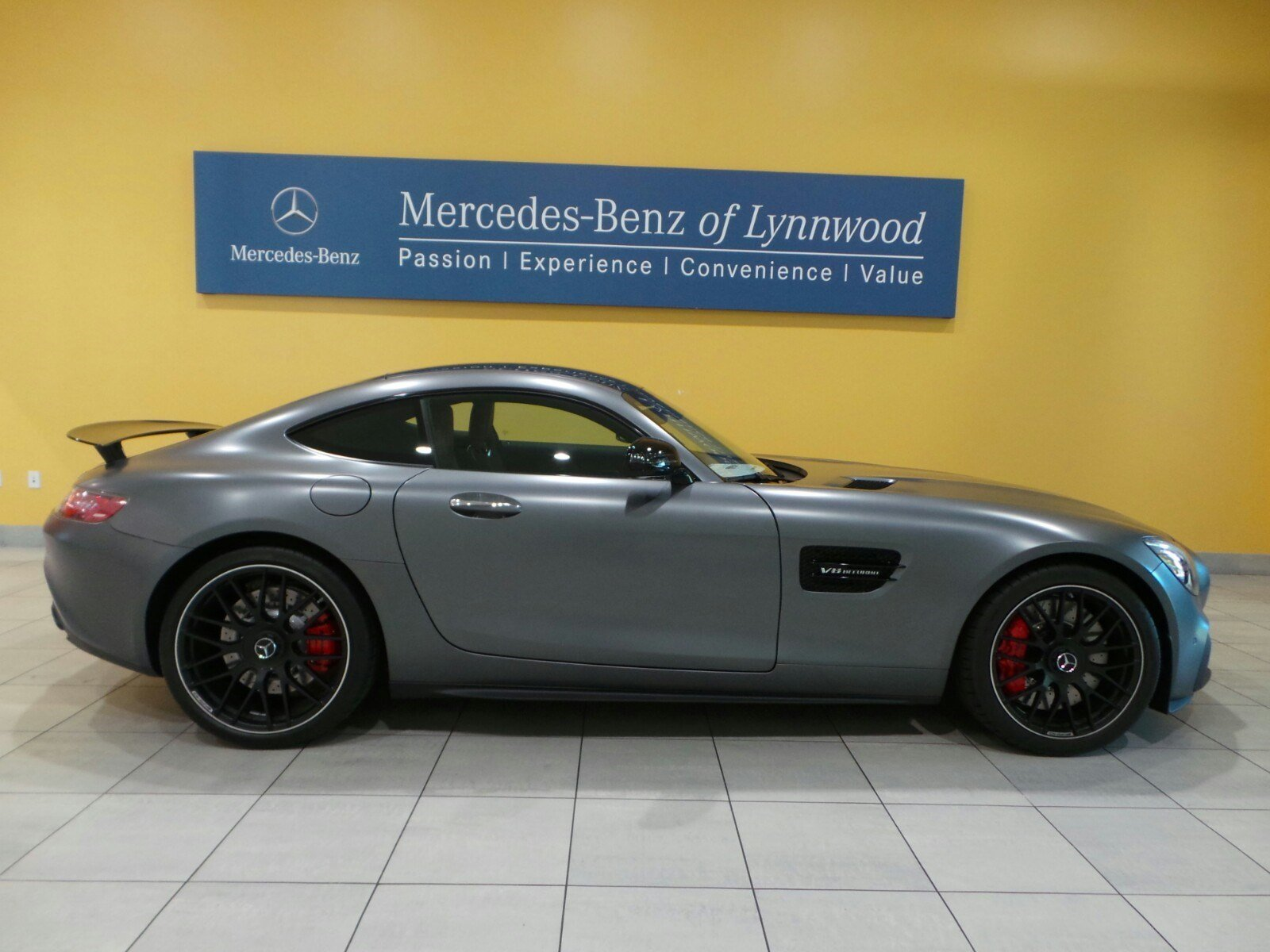 New 2017 mercedes benz amg gt amg gt s coupe coupe in for 2017 mercedes benz amg gt msrp